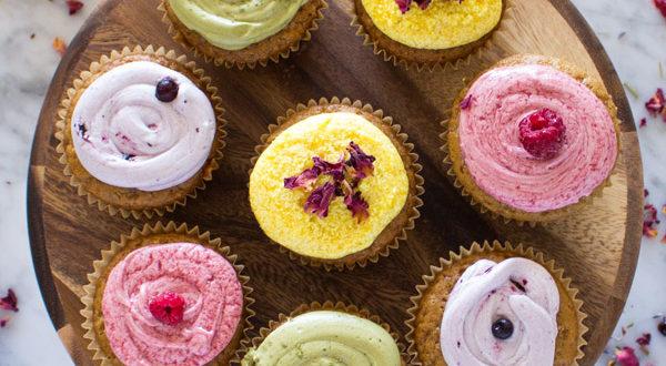 Vegan Vanilla Cupcakes + Icing with DIY Food Coloring